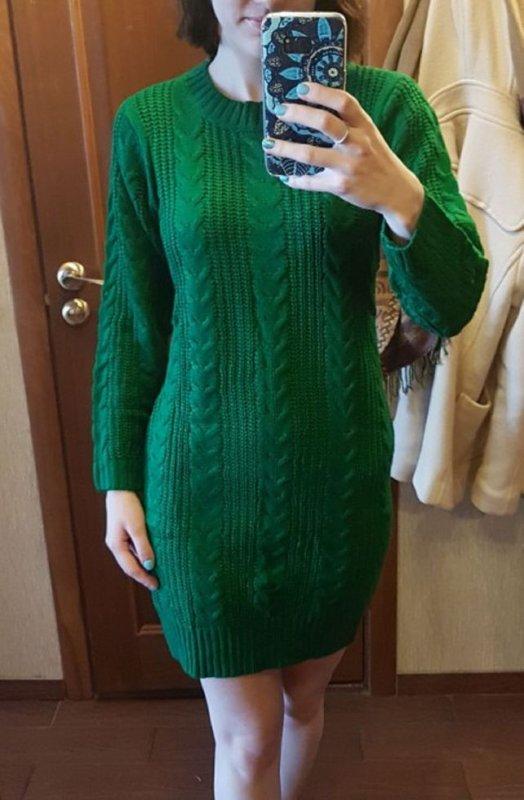Утолщенное вязаное платье для женщин.