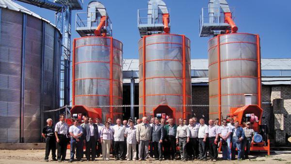 Зерносушилка стационарная Agrex PRT250/FE (Bio-DIESEL) с электродвигателем