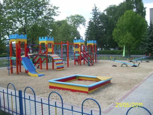 Оборудование детской площадки в детском саду