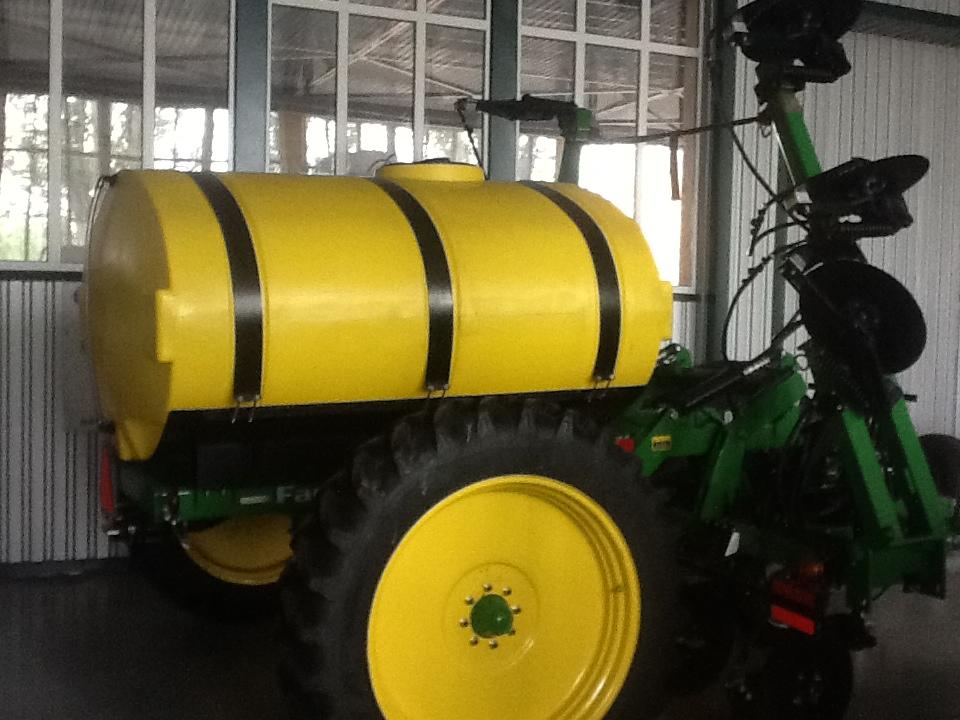 Купить Farm King Аппликатор для междурядного внесения жидких удобрений