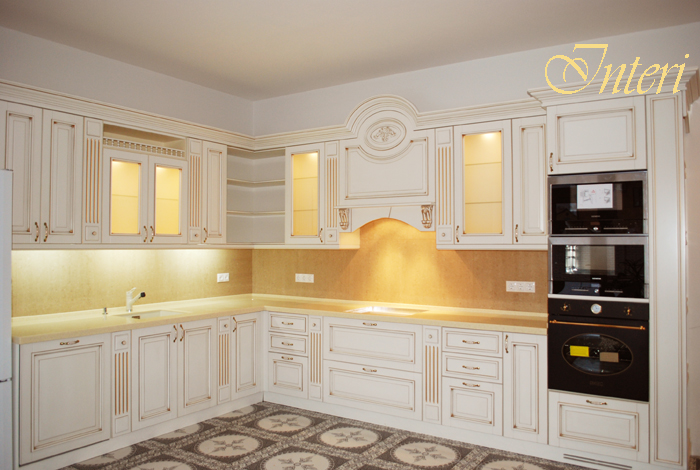 фото кухня классика белая