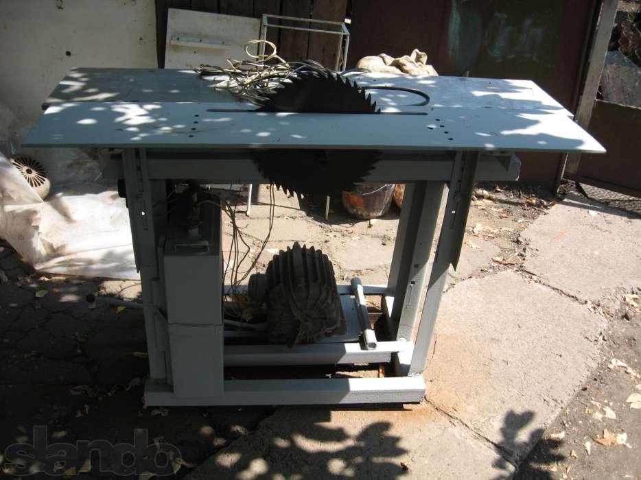 Циркулярный стол