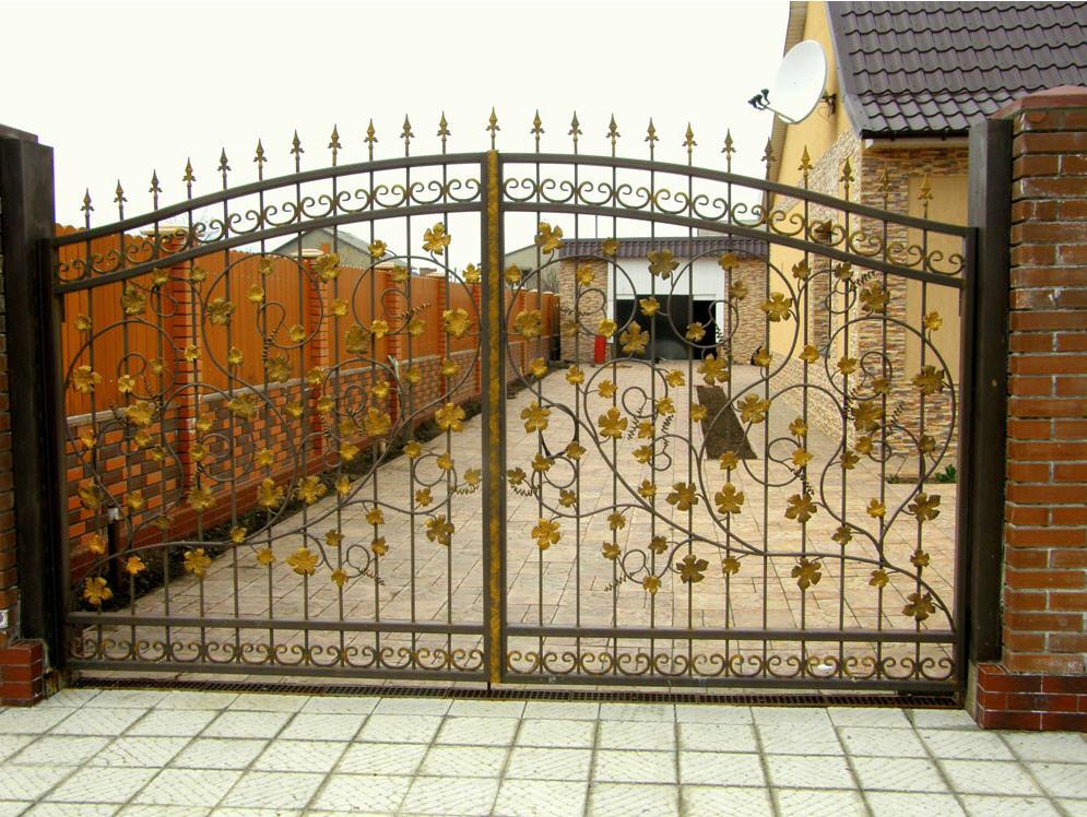 ворота кованые распашные цена