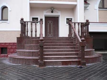 Купить Ступени гранитные ,лестницы.