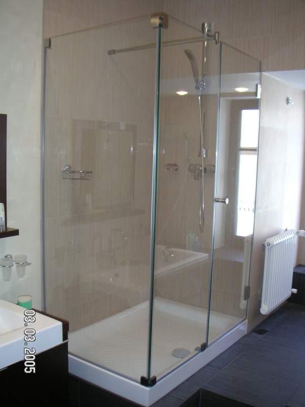 Перегородки для ванной, перегородки для душевых кабин, перегородки стеклянные, Украина, купить