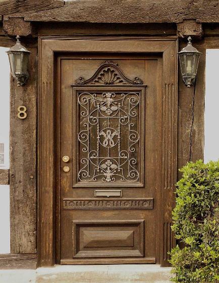 деревянные входные двери фото