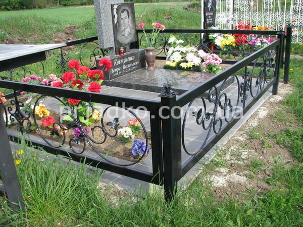 кованые оградки на могилу фото и цены в уфе