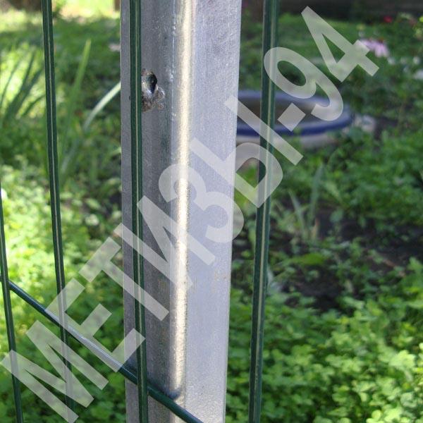 Стовп для паркану з квадратної оцинкованої труби 50х50х2,0 мм висотою 2,0 м