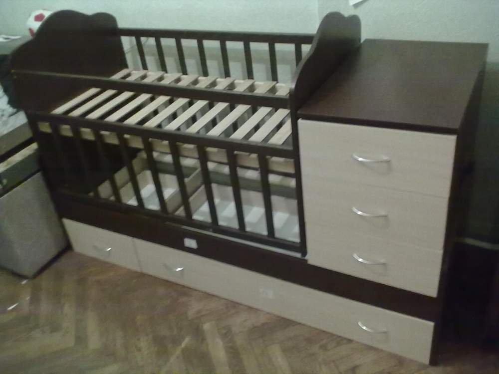 Кровать трансформер для новорожденных с маятником