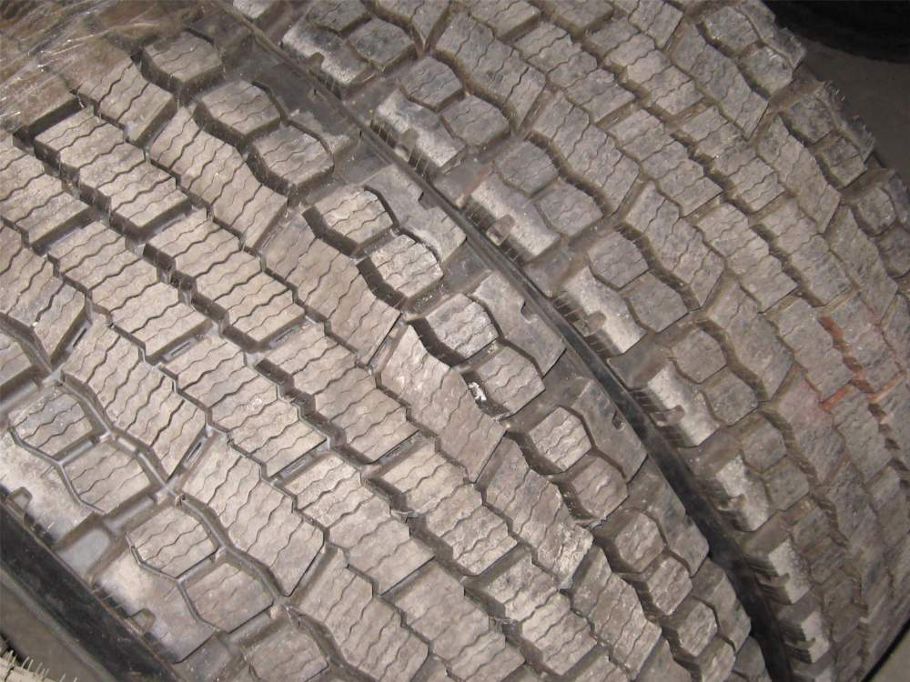 Купить Шины грузовые R 15--16--17.5 19.5 20 22.5 24.00