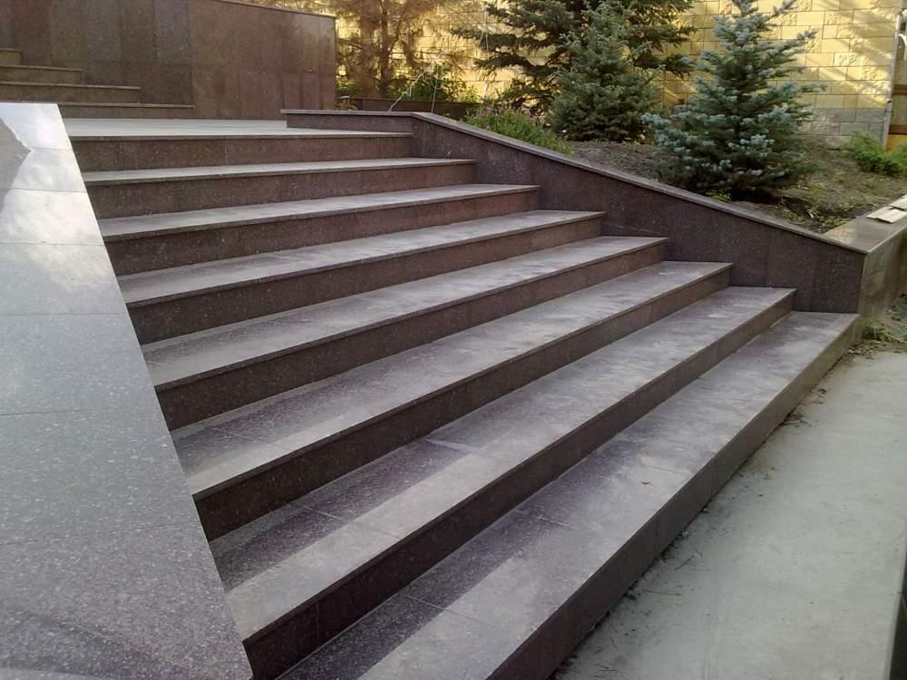 价格大理石和花岗岩楼梯台阶
