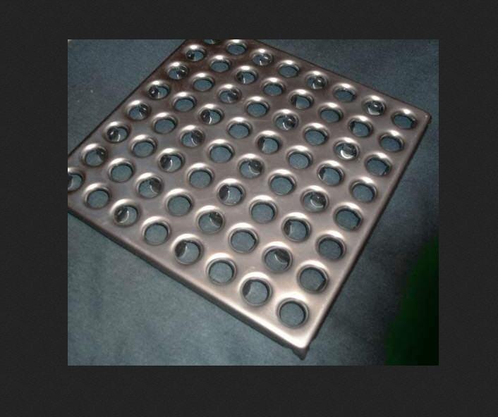Купити Металеві напольние покриття