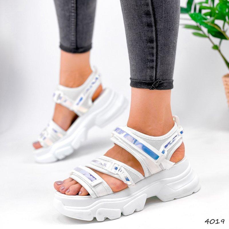 Купить Модные женские текстильные босоножки сандалии спортивные на массивной подошве белые Lotz