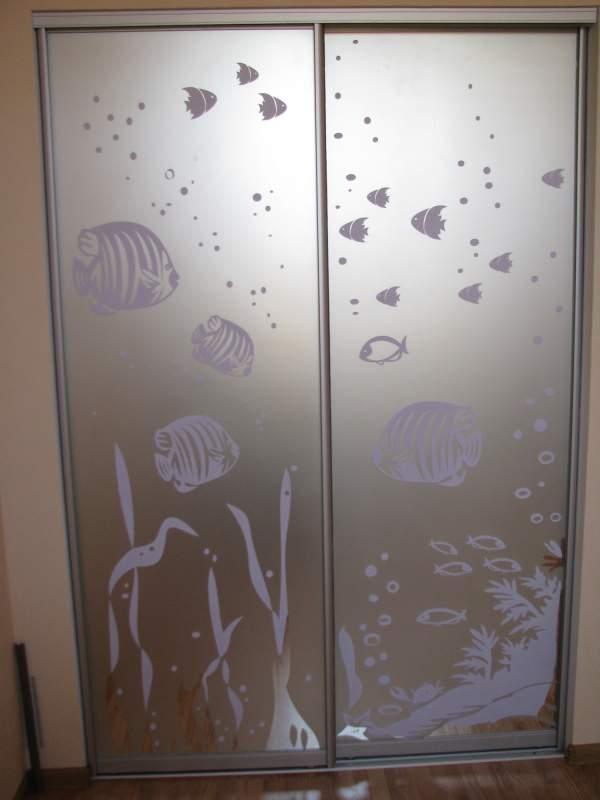 Двери стеклянные для шкафа с рисунком