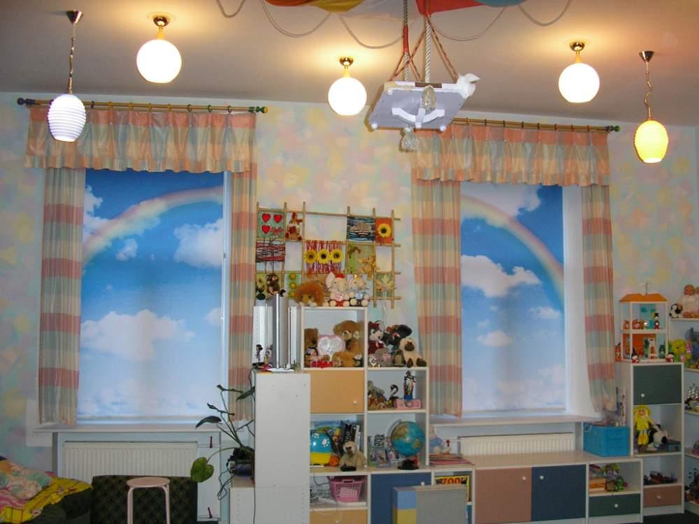 Рулонные шторы в детской фото