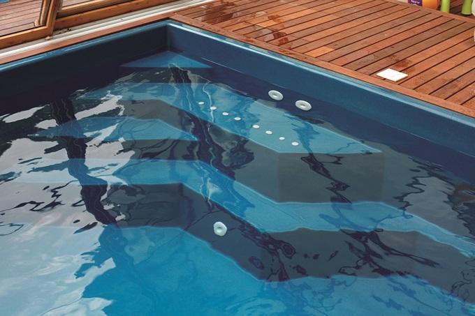 Композитный бассейн Compass Pools Briliant 74