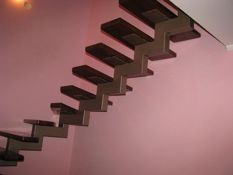 Лестницы модульные из металла