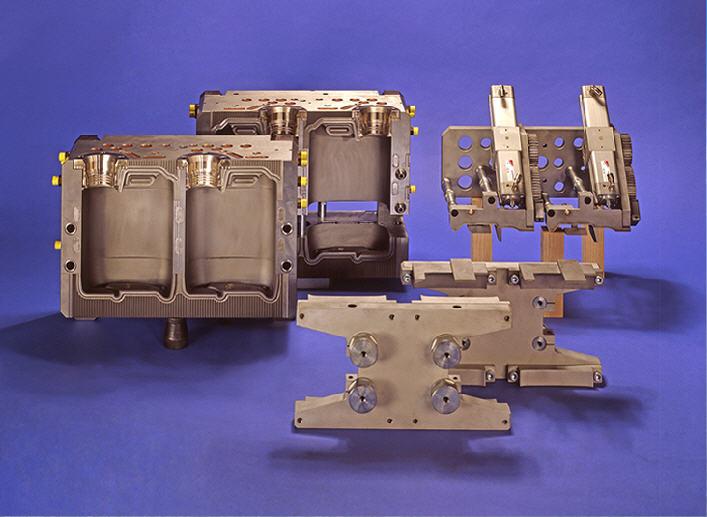Купить Пресс-форма выдувная канистра складируемая V-5дм3
