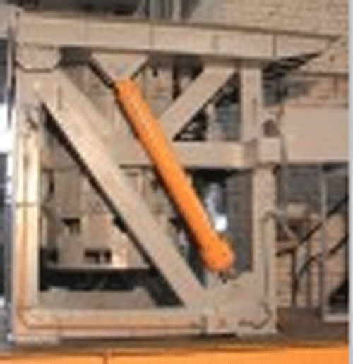 Печи индукционные плавильные тип ИЧТ -2,5 ИЧТ -1/0,18 для переплава и перегрева цветных и черных металлов