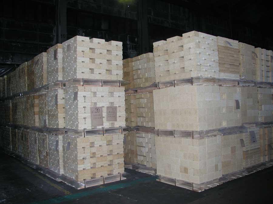 Купити Смоломагнезитові вогнетриви (tar-magnesite refractories)