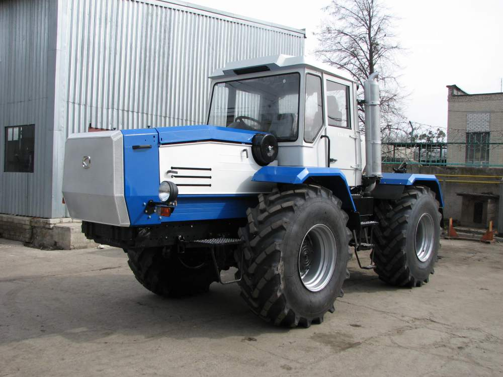 The restored Slobozhanets tractors, Sale of tractors Slobozhanets to buy a tractor Slobozhanets, Sale of tractors, to buy a tractor in Ukraine, in Nikolaev