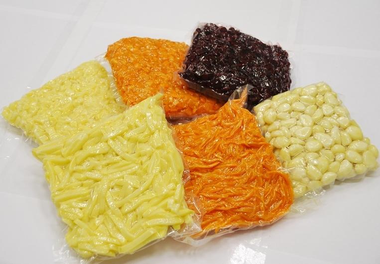 Овощи свежие чищенные вакумированные соломкой , кубиком