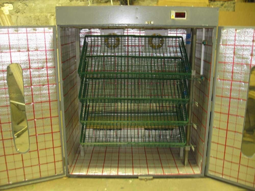 Девятилотковый на 1350 яиц автоматический инкубатор бытовой НИКА