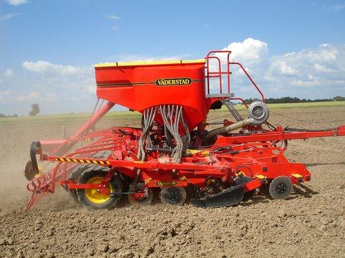 Buy Seeder of Vaderstad Rapid 600P