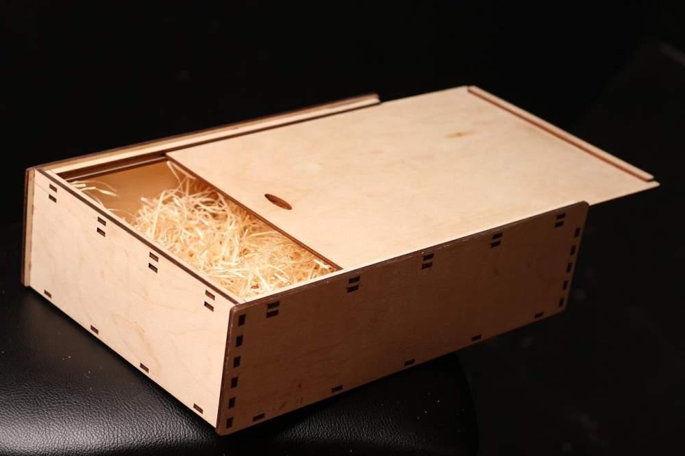 ящик для посылки ку металлических деревянных