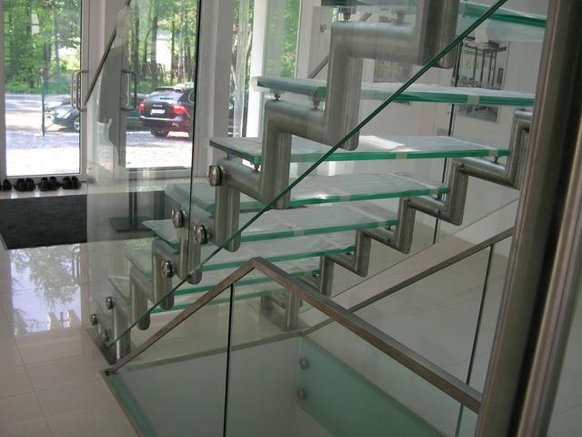 Купити Сходи скляні