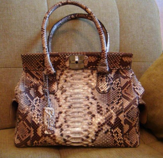 7614b636baf5 Эксклюзивный пошив сумок из натуральной кожи питона, крокодила. Сумка из  змеи, сумки из кожи змеи.