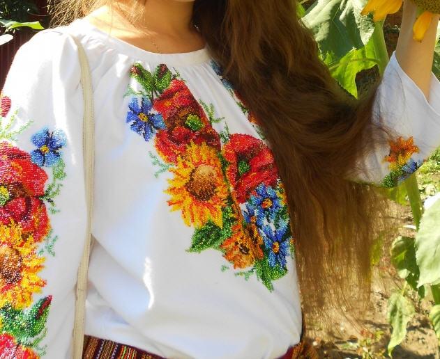 Вышитые сорочки, Женская