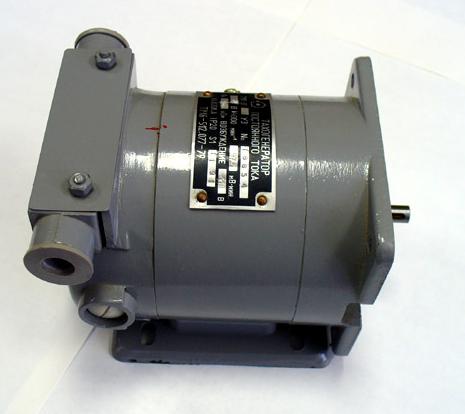 Купить Тахогенератор серия ТМГ-30 для работы в качестве датчиков в системах автоматического регулирования частоты вращения приводов различных стационарных установок, а также в качестве измерителей скорости вращения.