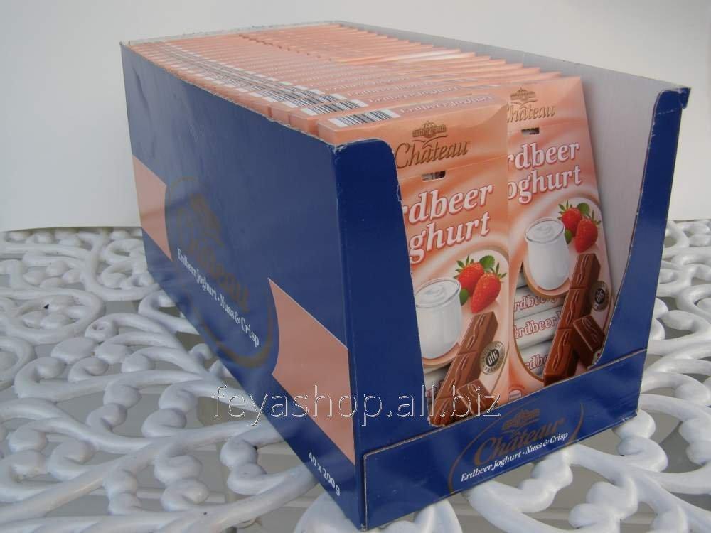 Немецкий шоколад Chateau Erdbeer joghurt