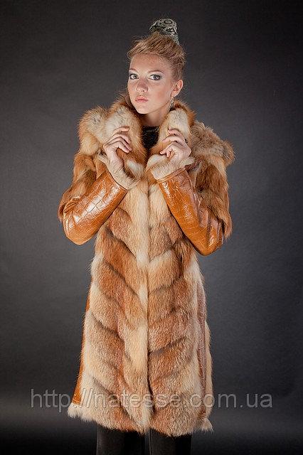 Шуба из рыжей лисы с отделкой из дубленочного меха (коза) Модель 23