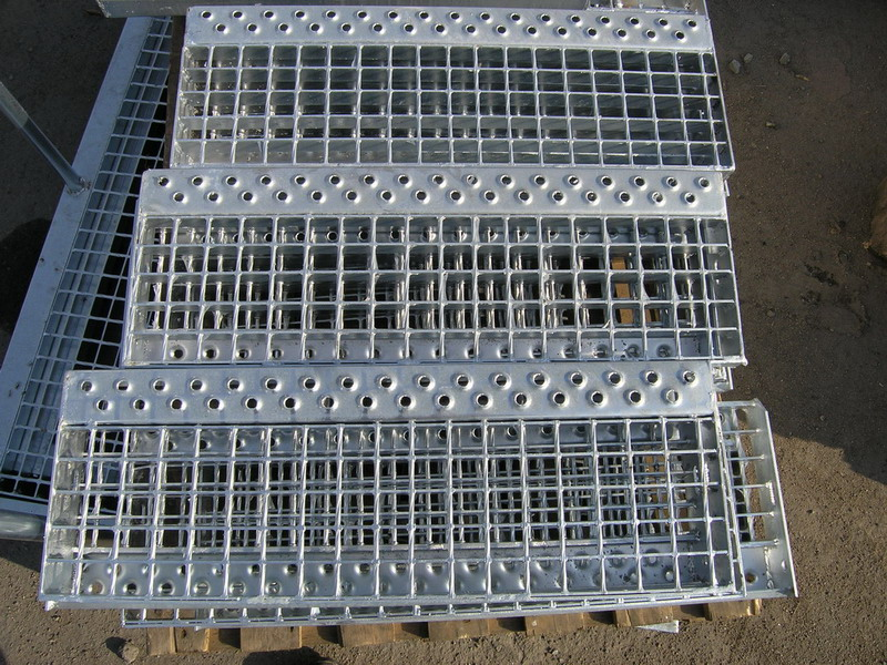 Купить Металлический решетчатый настил - производство