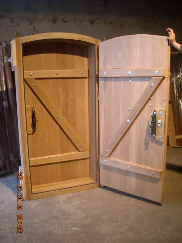 Дверь для погреба
