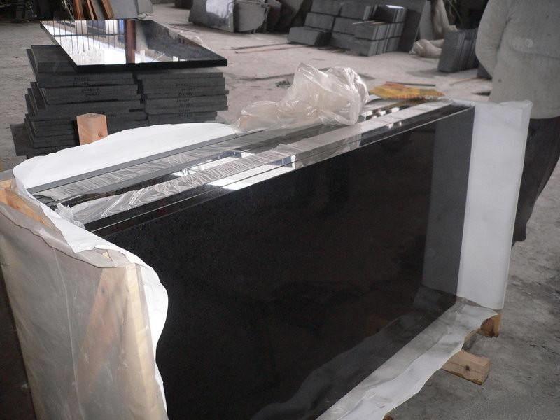 Купити Базальтова плитка полірована, калібрована