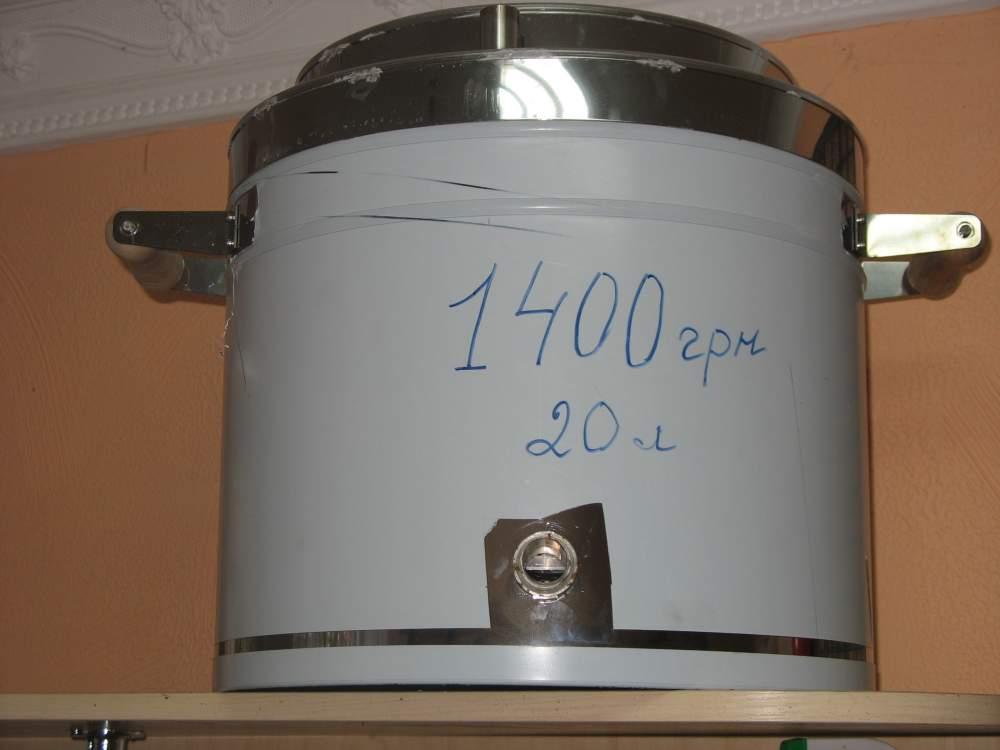 Steam preheating wax units