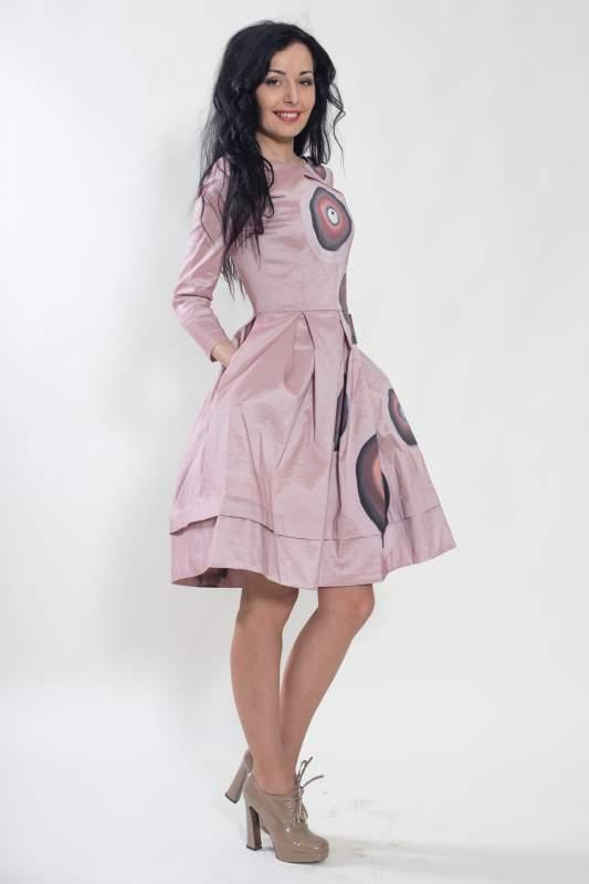 Платье с пышной юбкой описание