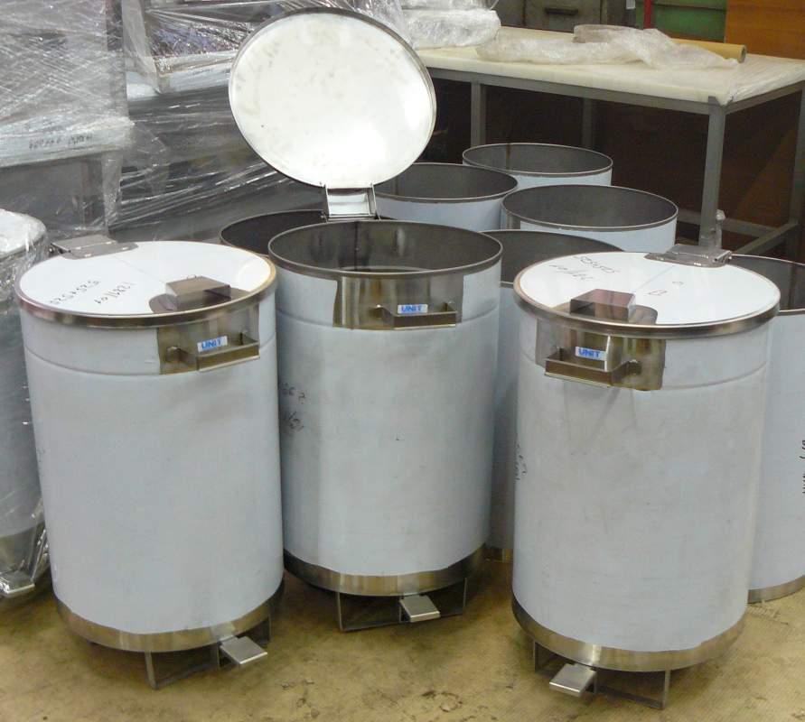 Контейнеры для мусора из нержавеющей стали