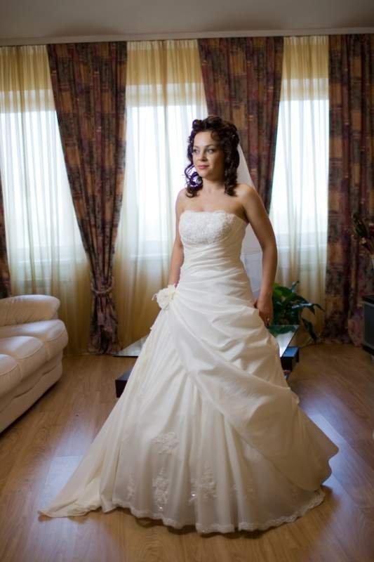 Весільне плаття c5e45ed79f406