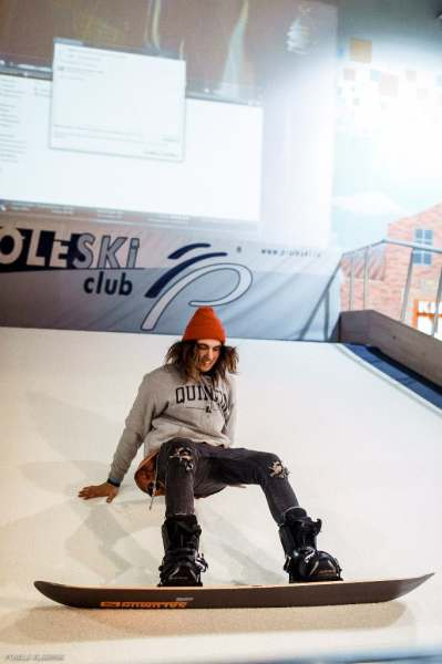 Горнолыжный тренажер PROLESKI в помещении - бесконечный склон, лыжный тренажер