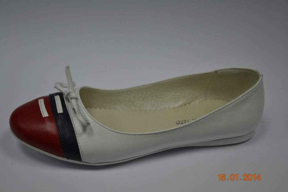 Жіночі балетки білі-синьо-червоні 86ec87489ca2d