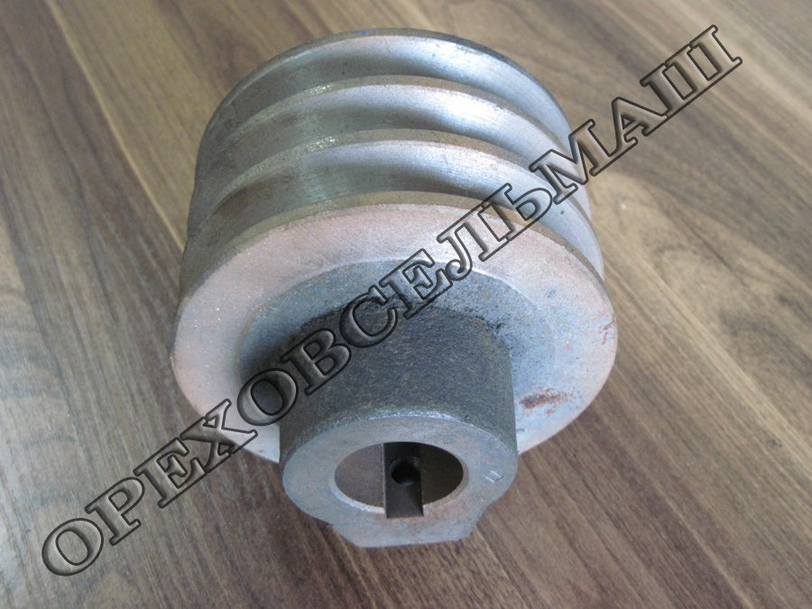 Buy Pulley of the electric motor of the inclined conveyor of a zernometatel ǿ120 (32).