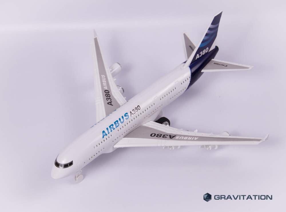 Самолет AIRBUS
