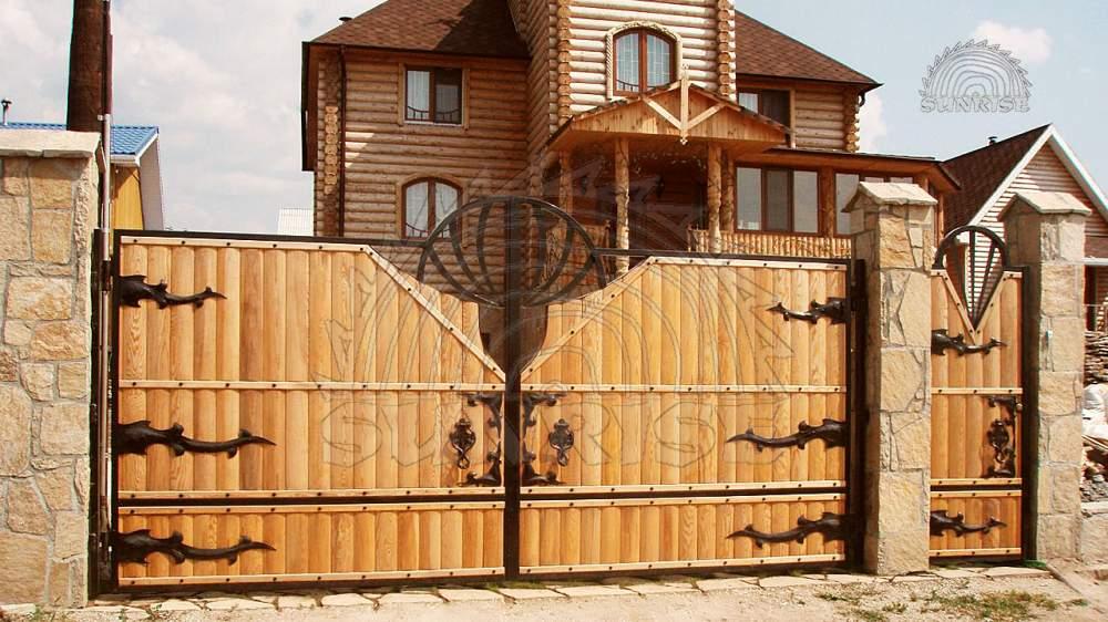 Блок хаус сосновый клееный 45 мм х 108/140 мм х 2,0-6,8 м