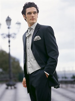 Чоловічий весільний костюм купити в Київ 132fdb479e71f