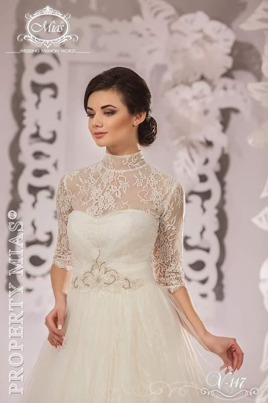 свадебные платья спина закрыта 2012