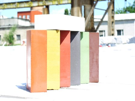 Buy Brick silicate decorative (RUSTIROVANNYY and KOLOTYY)